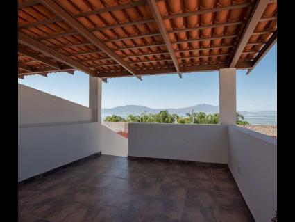 3. Mirador Vista LAgo - LAgo